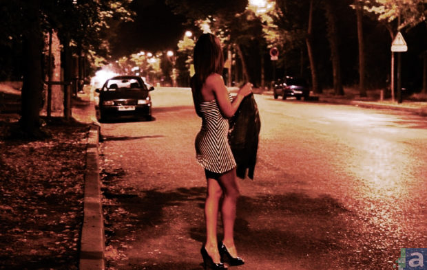 prostituee-fait-racolage-route